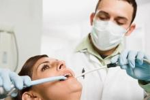 Как ставят пломбу на зуб? Виды пломб