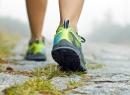 Утиная походка - это признак какого заболевания?