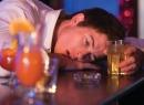 Отравление этиловым спиртом: симптомы, первая помощь, лечение, последствия