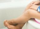 Как правильно сидеть на унитазе: советы медиков