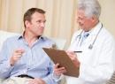 Кровь с калом у мужчин: причины и диагностика