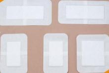 перевязки, медицинских, устройств, повязок, послеоперационных, небольших, крепление, широко, используется, фиксирующим, рулонным, гипоаллергенным, бывает, лейкопластырь, тканевой, основе, Ушибы