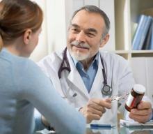 Чешутся руки и появляются красные пятна: возможные причины и особенности лечения