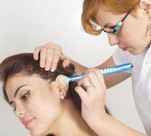 Что поможет от боли в ушах: народные средства