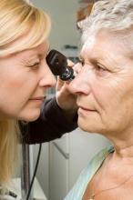 Лечение глаукомы у пожилых людей: способы, отзывы
