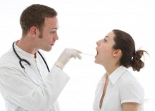 Чем отличается тонзиллит от ангины? Описание заболеваний и особенности лечения